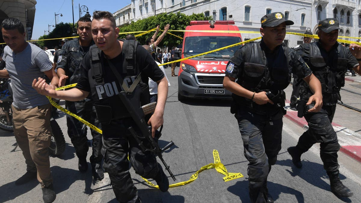 القاعدة تفقد أذرعها بتونس.. تصفية زعيم خلية إرهابية ومساعديه