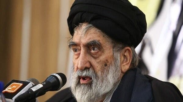 أصابه كورونا.. وفاة راعي المصالح الإيرانية لدى مصر