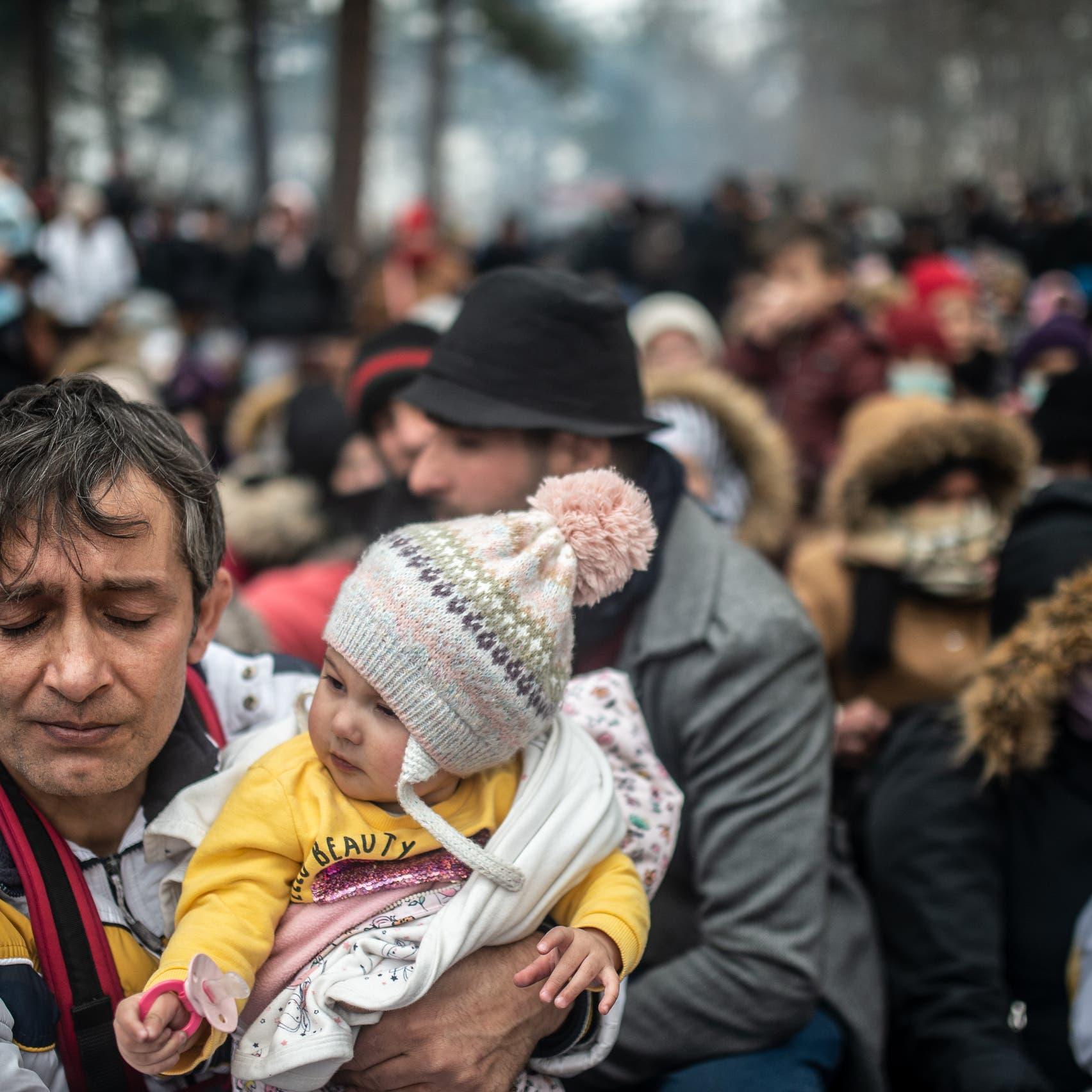 تركيا تبتز أوروبا.. موجة جديدة من المهاجرين إلى الحدود