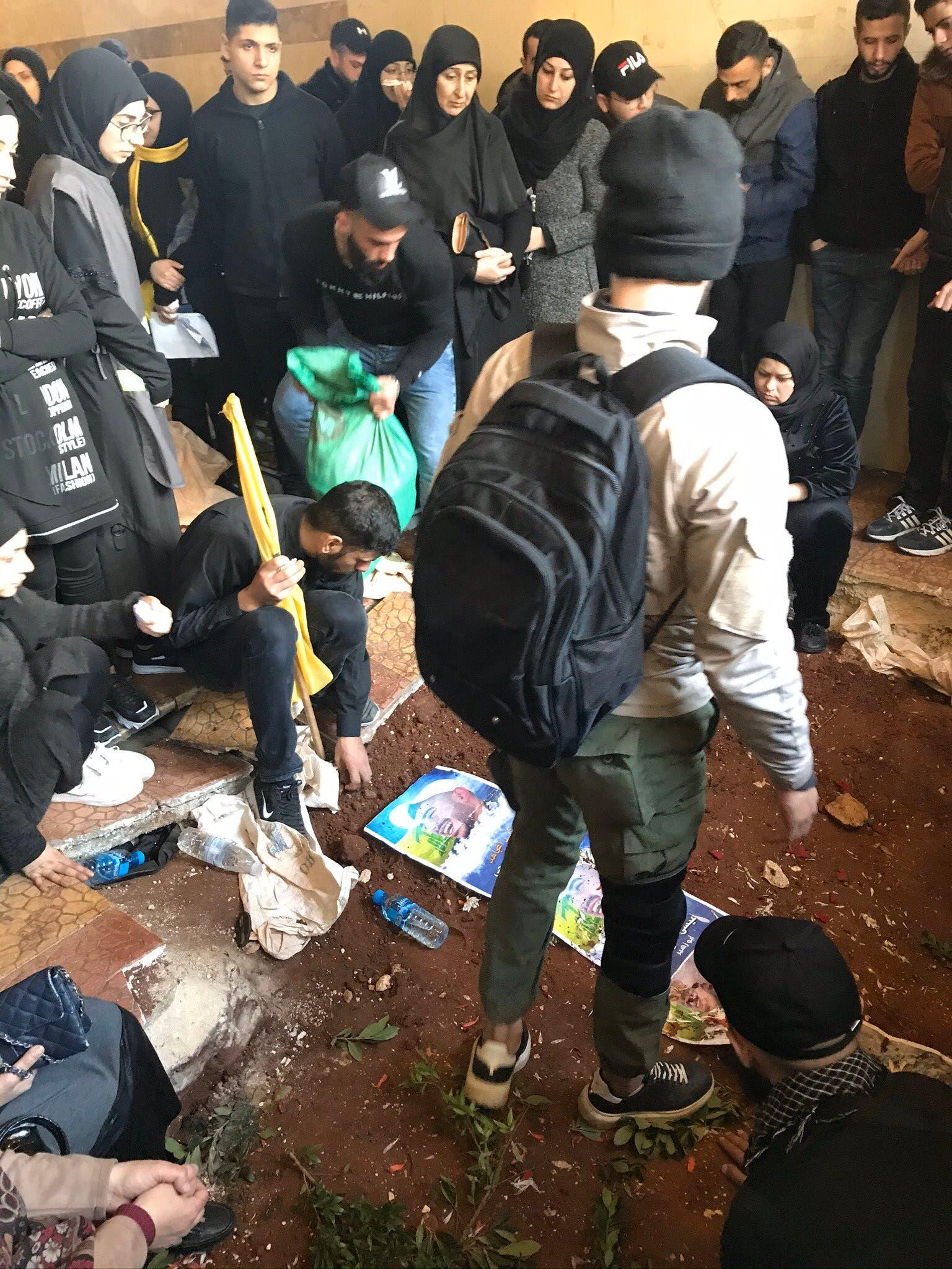 أحد قتلى حزب الله في إدلب