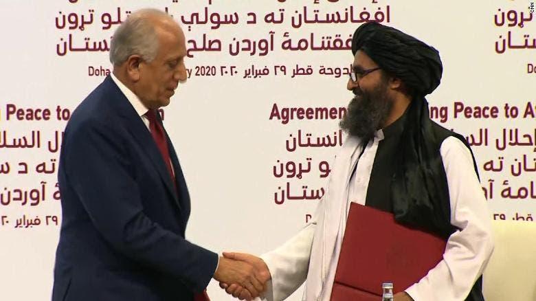 خلال توقيع اتفاق الدوحة