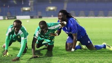 لاعبو السنغال يردون الجميل إلى غوميز
