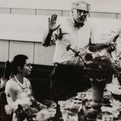 تفاصيل علاقة ساندرز والاتحاد السوفيتي خلال الحرب الباردة