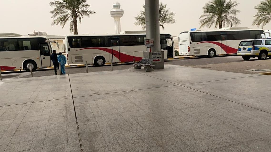 Kuwaiti citizens were screened then taken by buses to quarantine. (Twitter)