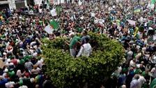 4 سنوات سجناً نافذاً لمتظاهرين جزائريين أصابا شرطياً بجروح
