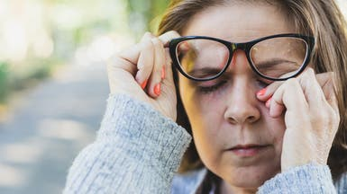 تجنباً للإصابة بكورونا... 4 حيل لعدم لمس الوجه