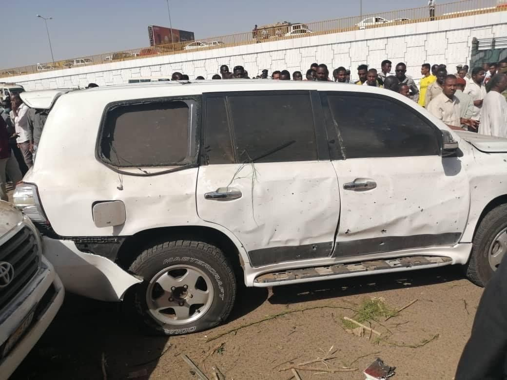خودروی حامل حمدوک پس از انفجار