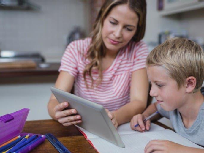 تقديرات قبل كورونا.. قيمة قطاع التعلم عبر الإنترنت 350 مليار دولار في 2025