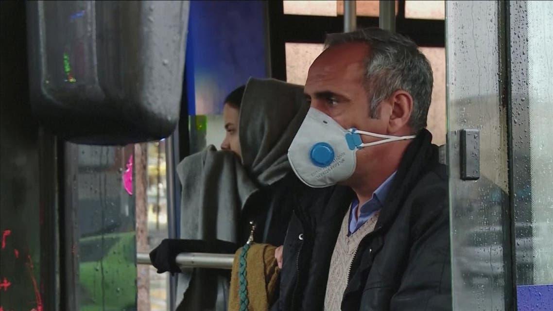النظام الإيراني يواجه انتقادات إزاء تعامله مع فيروس كورونا