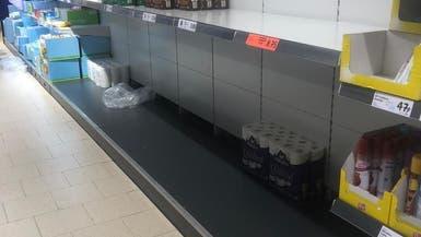 كورونا يسبب أزمة بأسواق بريطانيا..مخازن خالية من الطعام