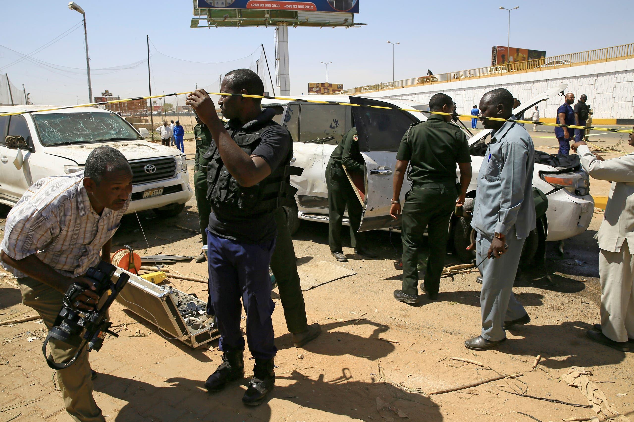 من موقع محاولة اغتيال حمدوك في الخرطوم