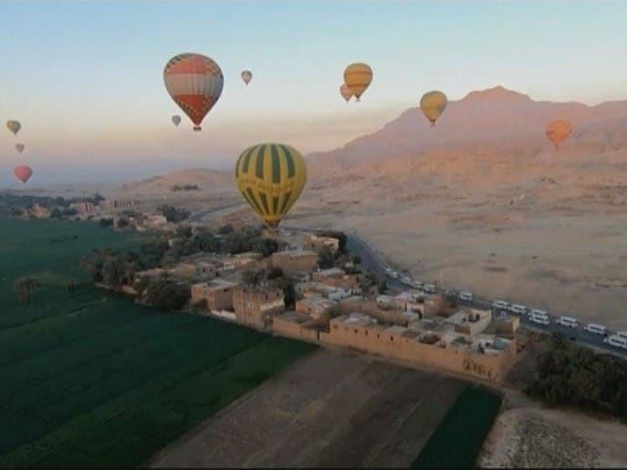 كورونا يمحو 300 مليون دولار من إيرادات السياحة المصرية