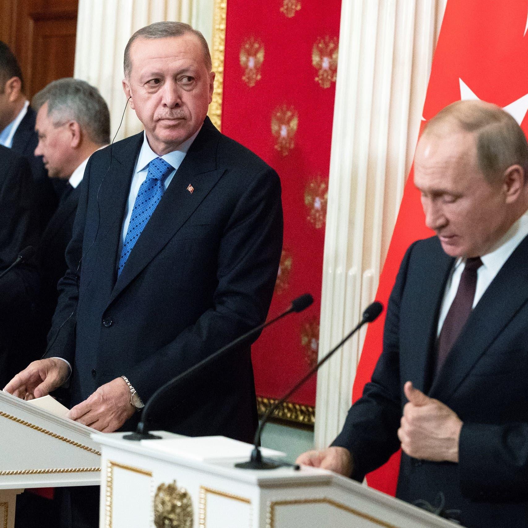 رسائل بوتين وفيديو أردوغان منتظراً أزعجته.. أوغلو مستاء