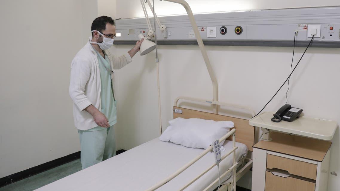 من مستشفى رفيق الحريري في بيروت(فرانس برس)