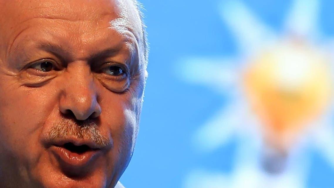 أردوغان يعود لتهديد أوروبا بآلاف المهاجرين على أبوابها