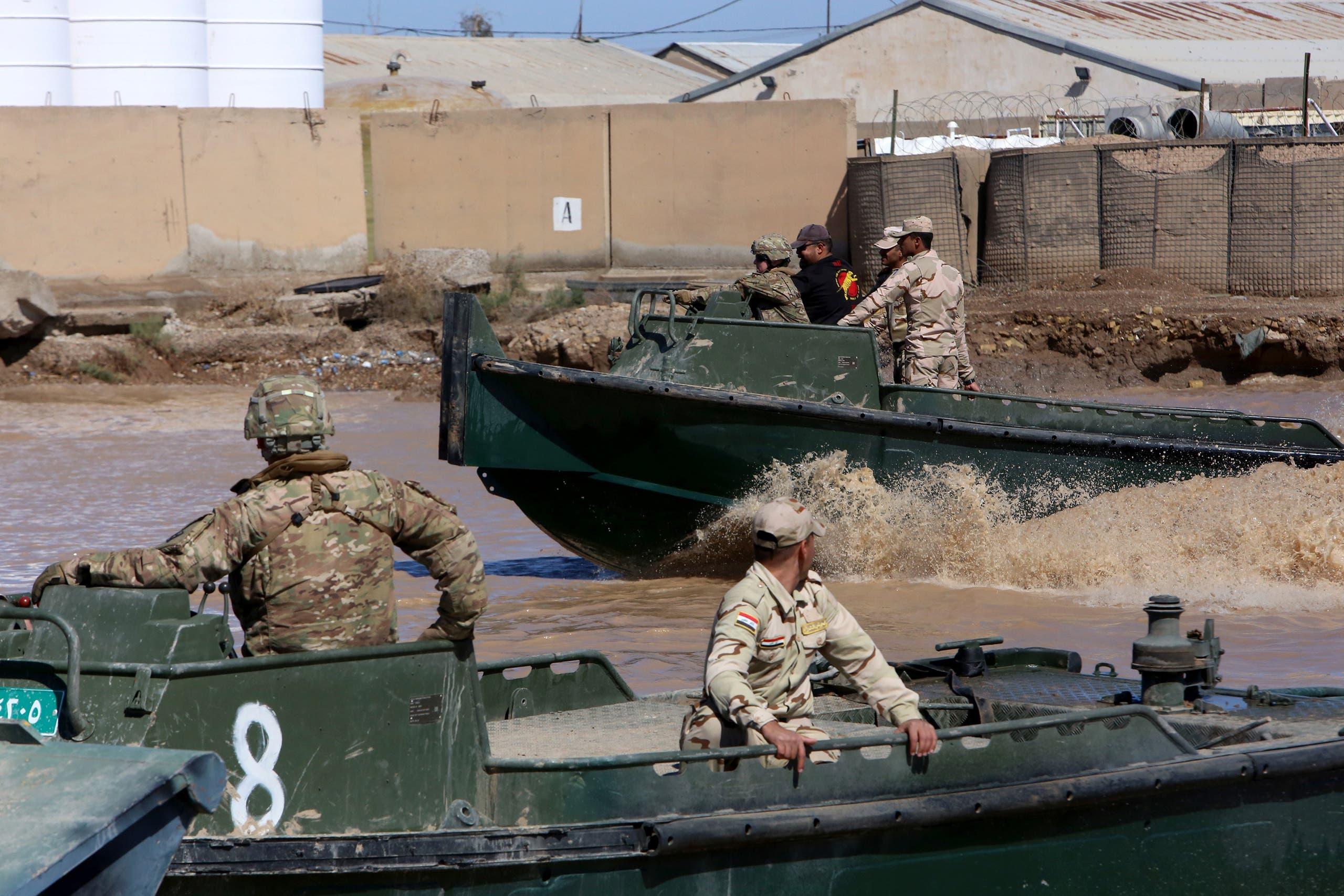 من قاعدة التاجي شمال بغداد (أرشيفية- فرانس برس)