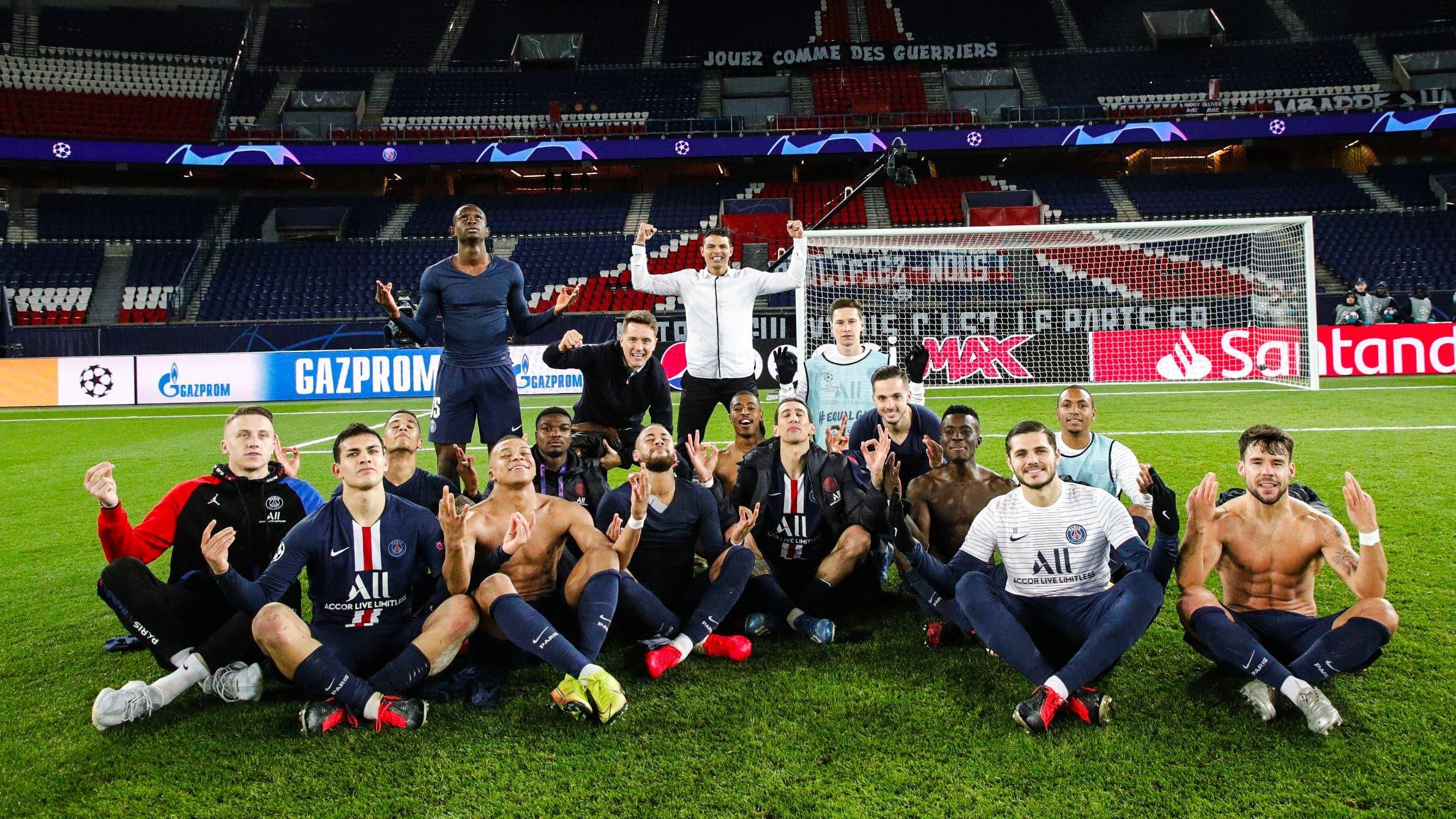 سخرية لاعبي باريس سان جيرمان