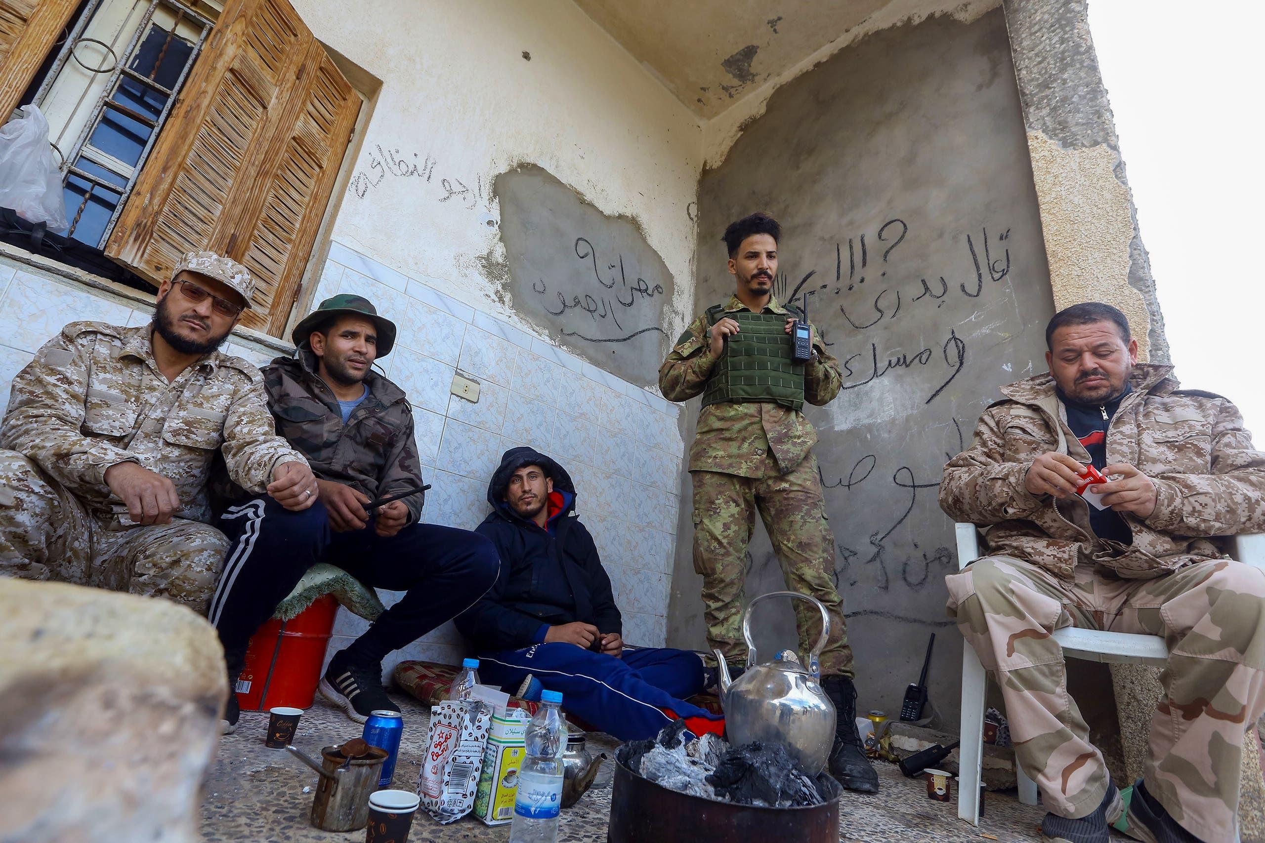 عناصر من فصائل الوفاق في طرابلس (أرشيفية- فرانس برس)