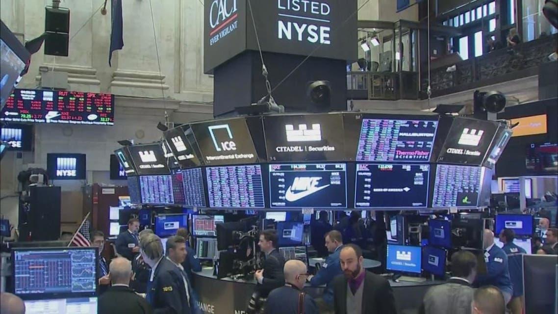 خسائر للأسهم الأميركية بعد إعلان ترمب وداو جونز يدخل نطاقا هبوطيا