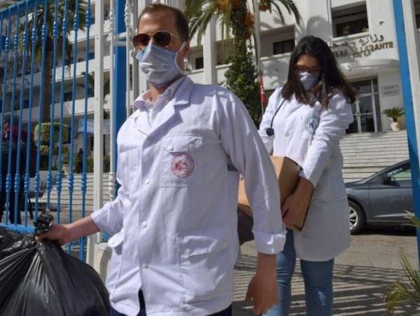 تونس.. كورونا يتوسع والدفاع تعلق التجنيد
