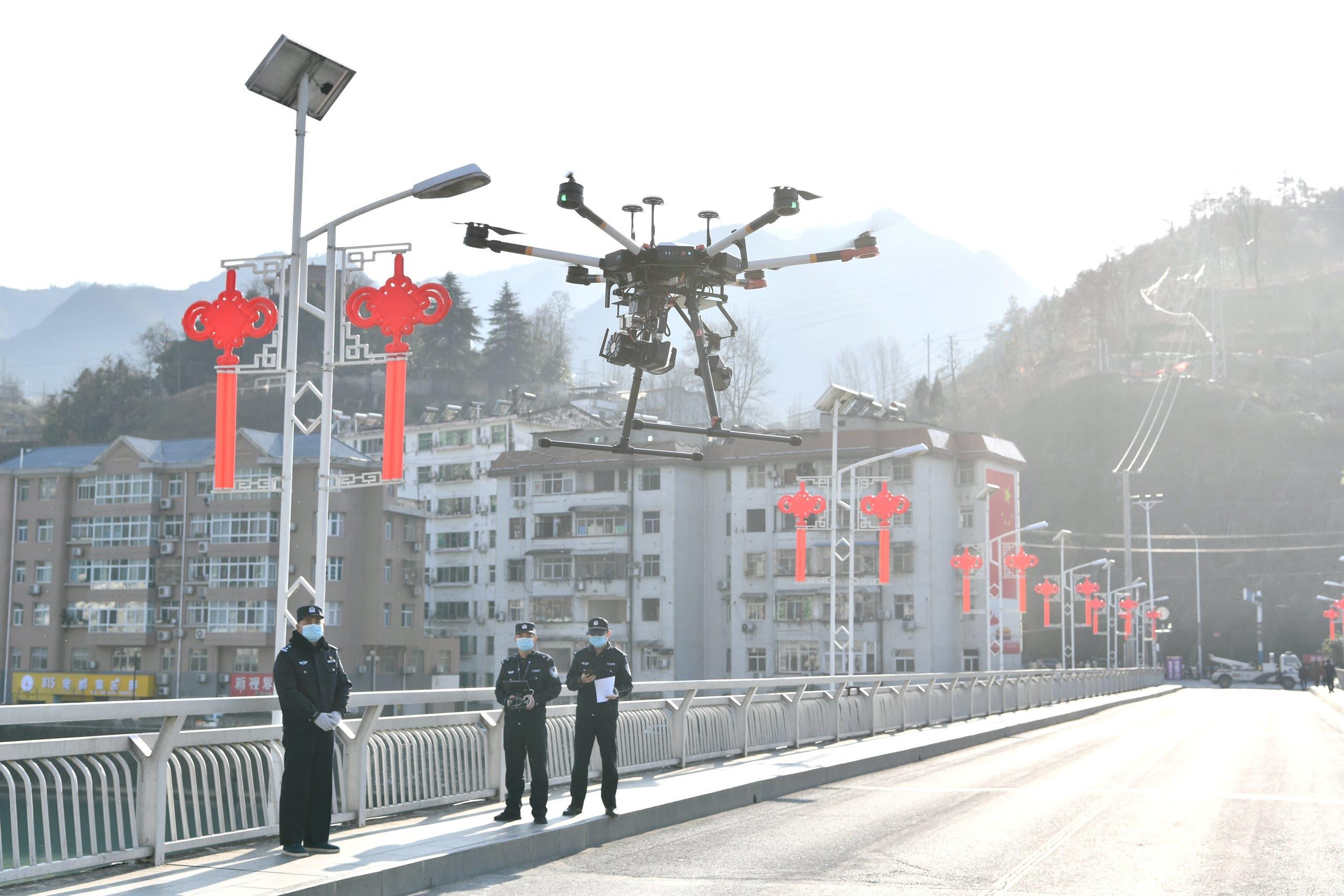 الشرطة الصينية تستخدم الطائرات المسيرة