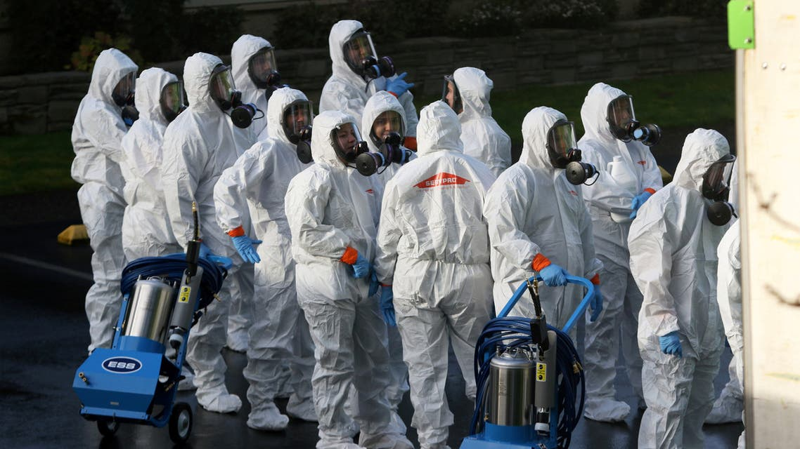 Servpro cleanup crew prepare to enter Life Care Center of Kirkland, the Seattle-area nursing home at the epicenter of one of the biggest coronavirus outbreaks in the US, March 11, 2020. (File photo: Reuters)