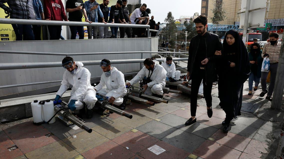 إيران تسعى لاستئناف أنشطة اقتصادية