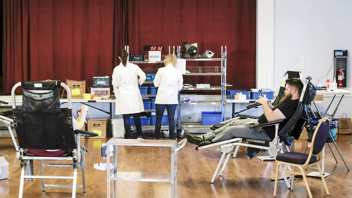 من احد مراكز التبرع بالدم في الولايات المتحدة (أرشيفية رويترز)
