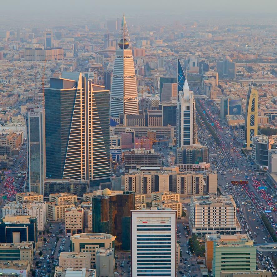 بلومبيرغ: السعودية كسبت معركة النفط واستفادت في السوق