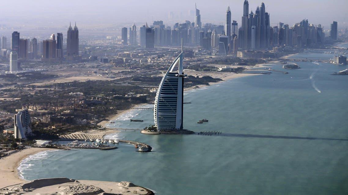 A general view of the luxury Burj al-Arab Hotel at Jumeirah area in Dubai, UAE December 9, 2015. (Reuters)