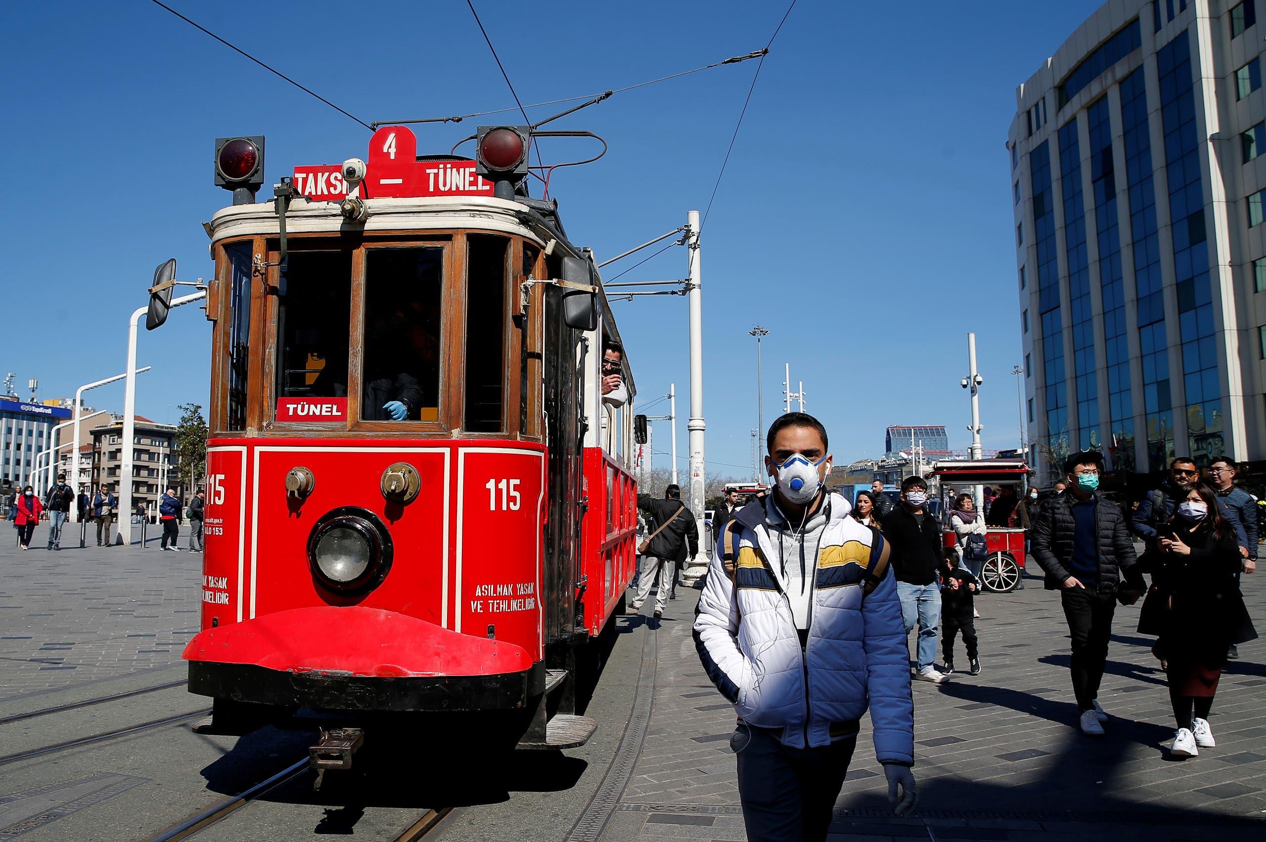 من ساحة تقسيم وسط اسطنبول يوم 17 مارس