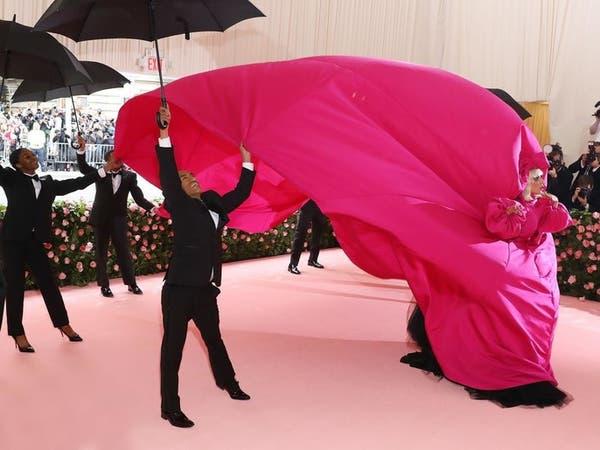 أشهر معرض عالمي للأزياء يؤجّل بسبب كورونا