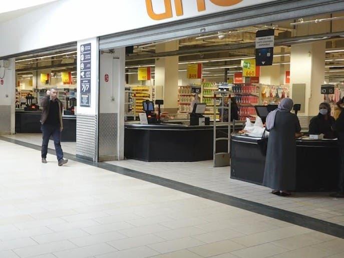 الجزائر تغلق المقاهي والمطاعم للحد من انتشار كورونا