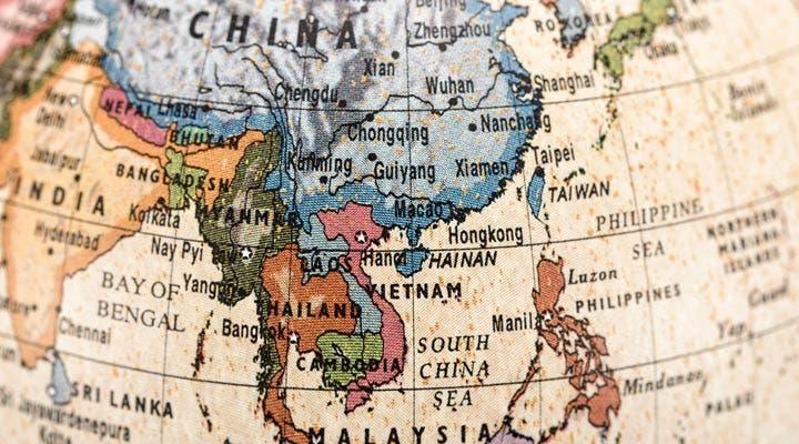 خريطة لعدد من مناطق شرقي آسيا التي انتشر بها الفيروس