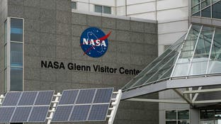 """كورونا  يصل """"ناسا"""".. تعليق بناء صاروخ وإغلاق مركز فضائي"""
