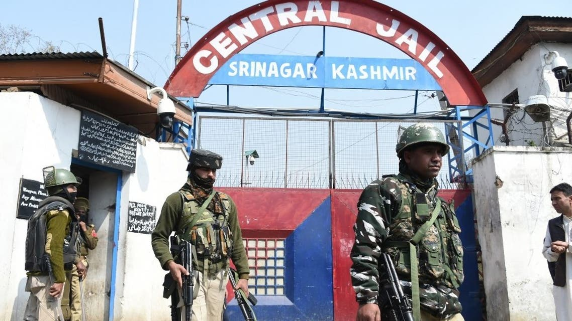 Indian paramilitary troopers patrol outside a central jail in downtown Srinagar on April 5, 2019. (AFP)