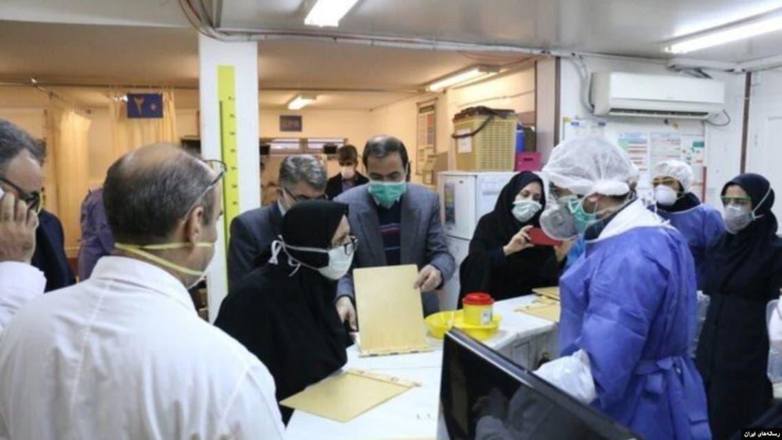 برخی مهاجرین افغان: ایران افغانان ابتلا به ویروس کرونا را درمان نمیکند