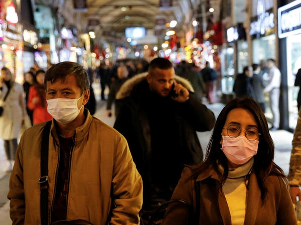 """إصابة عضو في """"مكافحة الوباء"""".. وحجر على 31 مدينة تركية"""