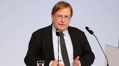 نائب رئيس اتحاد القدم الألماني يطالب بإقامة المباريات بدون جماهير