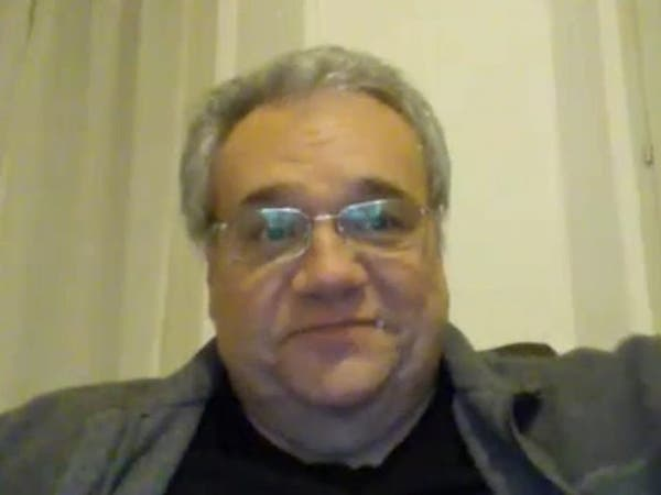 بسبب نقص القفازات.. وفاة طبيب إيطالي يعالج ضحايا كورونا