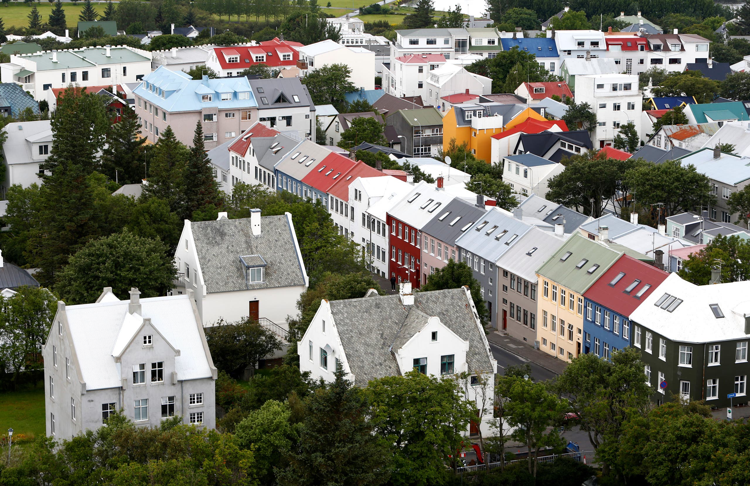 General view shows city of Reykjavik, seen from Hallgrimskirkja church, 2017. (File photo: Reuters)