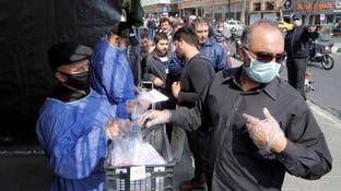 """2077 متوفى بكورونا في إيران.. و""""تدابير صعبة"""" مرتقبة"""