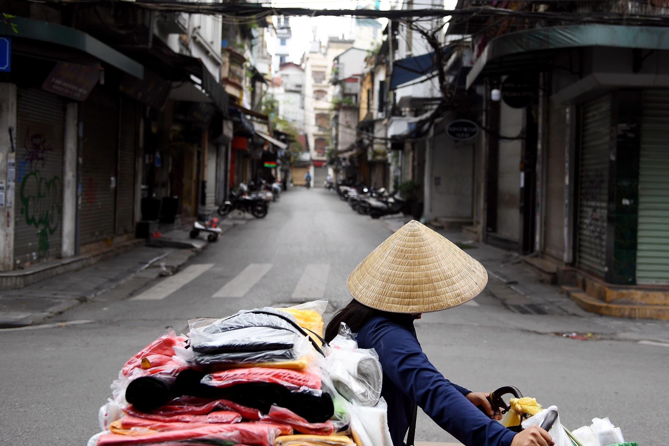 شوارع هانوي الخالية من المشاة بسبب الخوف من فيروس كورونا
