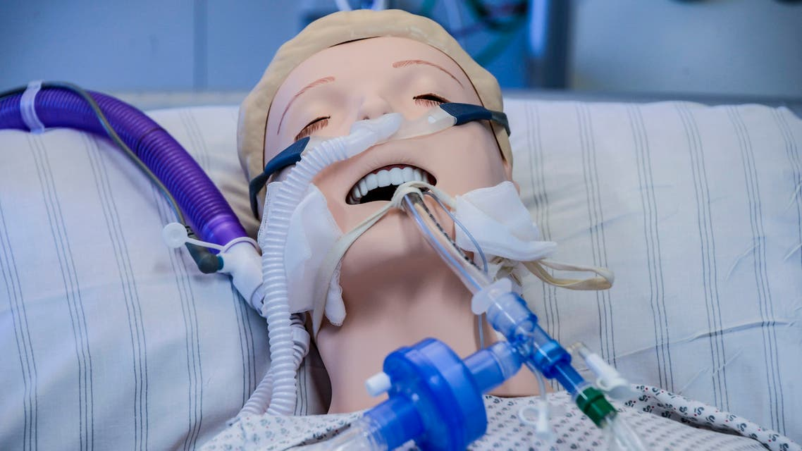 A ventilator is fixed to a dummy during an instruction of doctors in Germany. (File photo: AFP)