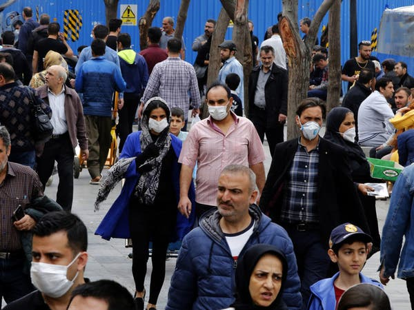 إيران.. تحذير من موجة كورونا ثانية وتعليق السفر بين المدن