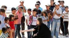 أنجلينا جولي تتبرع بمليون دولار لأطفال تضرروا من كورونا