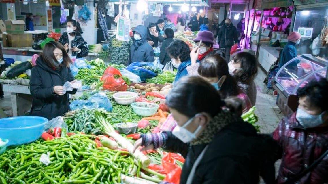 سوق خضراوات في مدينة ووهان الصينية