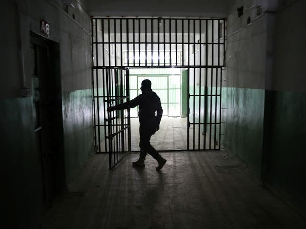 فيديو من قلب سجن بالحسكة.. الدواعش يتمردون