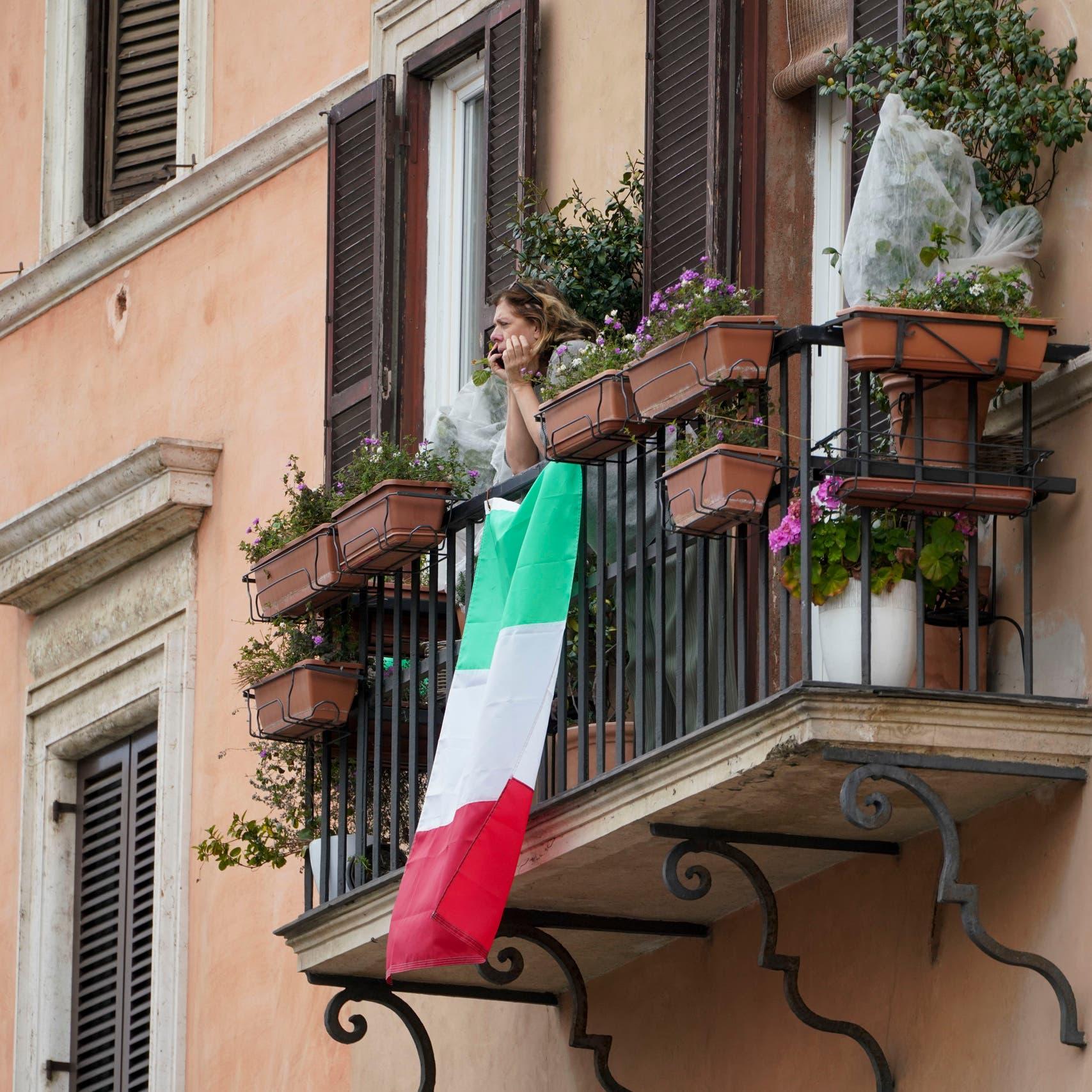 """وزير اقتصاد إيطاليا: انخفاض الناتج المحلي 6% """"واقعي""""!"""