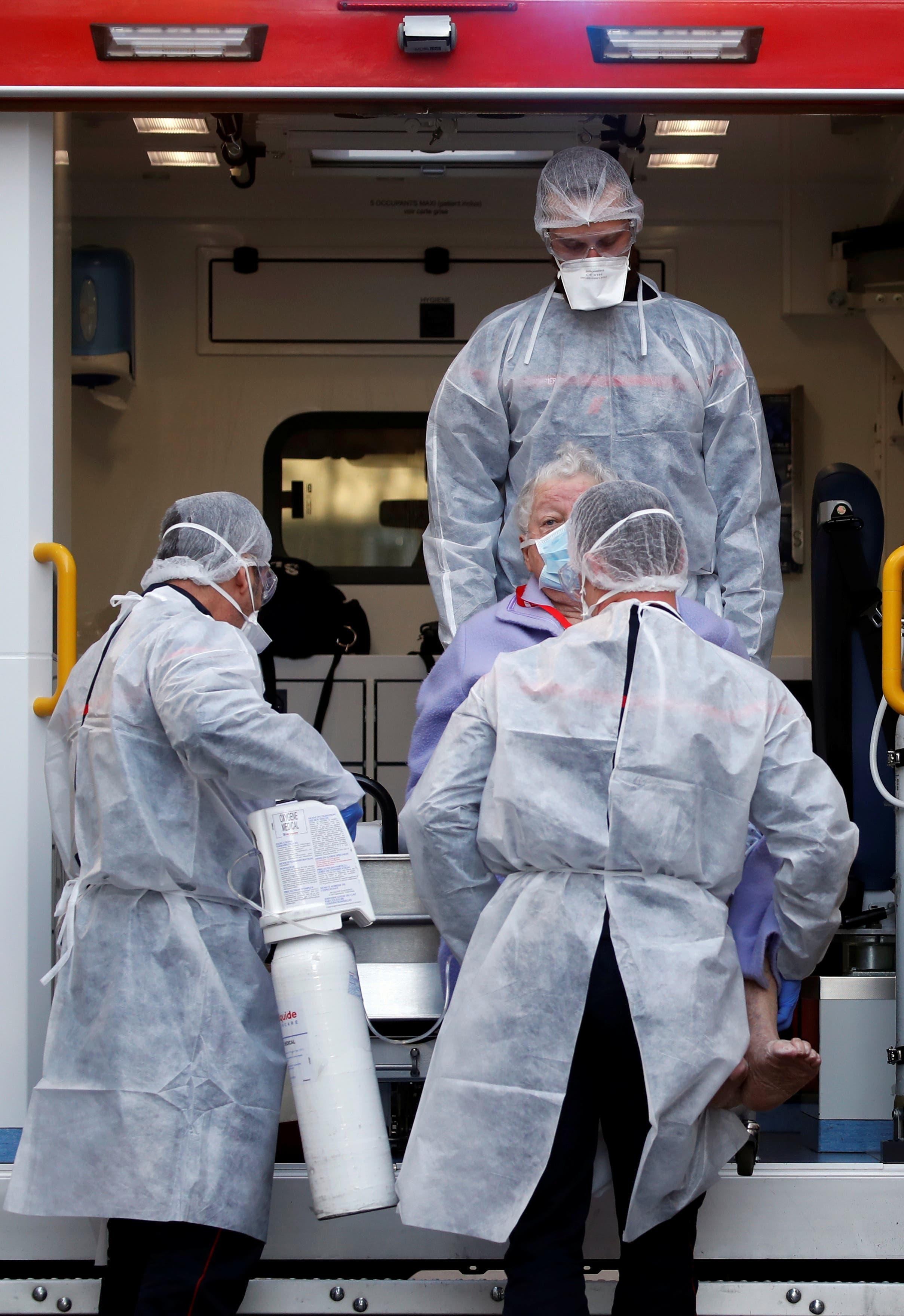 عملية إنقاذ المصابين بكورونا في ستراسبورغ يوم 28 مارس